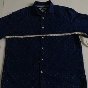 Tommy Hilfiger Men's Button Down L